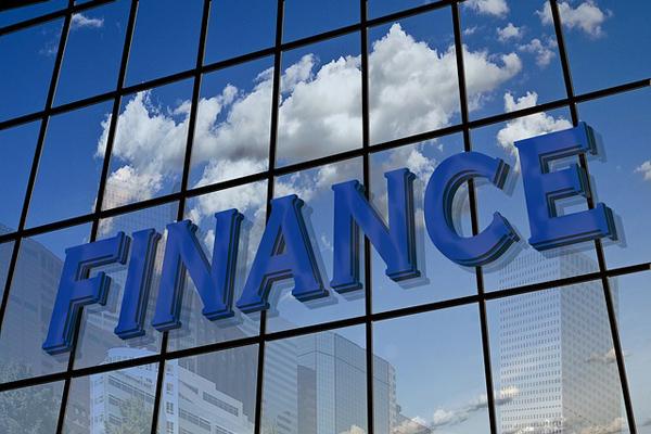finance-108655_640